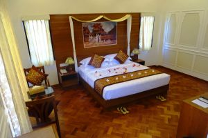 Gracious-Hotel-Bagan-Mandalay-Myanmar-Room.jpg