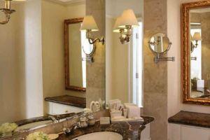 Gran-Mahakam-Hotel-Jakarta-Indonesia-Bathroom.jpg