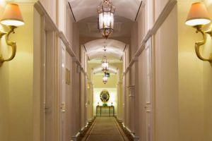 Gran-Mahakam-Hotel-Jakarta-Indonesia-Corridor.jpg