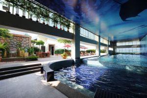 Grand-Borneo-Hotel-Kota-Kinabalu-Swimming-Pool.jpg