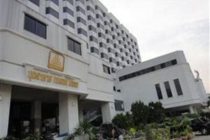 Grand-Hotel-Mukdahan-Thailand-Exterior.jpg