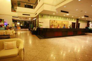 Grand-Hotel-Plaza-Hua-Hin-Thailand-Lobby.jpg