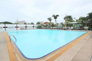 Grand-Hotel-Plaza-Hua-Hin-Thailand-Pool.jpg