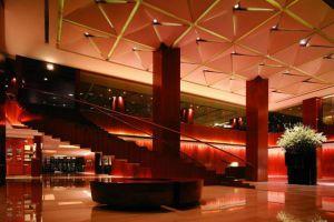 Grand-Hyatt-Hotel-Orchard-Singapore-Lobby.jpg