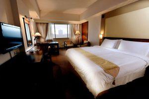 Grand-Margherita-Hotel-Kuching-Sarawak-Deluxe-King.jpg