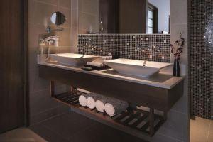 Grand-Mercure-Hotel-Danang-Vietnam-Bathroom.jpg