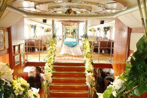 Grand-Pearl-Cruise-Restaurant-Bangkok-Thailand-003.jpg