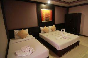 Grand-Pinnacle-Hotel-Bangkok-Thailand-Room-Twin.jpg