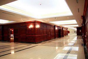 Grand-Plaza-Hotel-Hanoi-Vietnam-Corridor.jpg