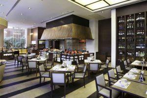 Grand-Sukhumvit-Hotel-Bangkok-Thailand-Restaurant.jpg