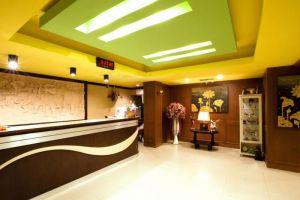 Great-Residence-Hotel-Bangkok-Thailand-Lobby.jpg