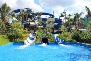 Greenery-Resort-Nakhon-Ratchasima-Thailand-Pool.jpg