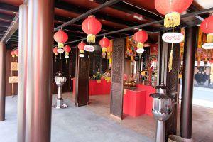 Guan-Yu-Shrine-Samui-Suratthani-Thailand-02.jpg
