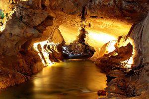 Gunung-Mulu-National-Park-Sarawak-Malaysia-002.jpg