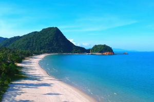 Haad-Kho-Khao-Nakhon-Si-Thammarat-Thailand-01.jpg