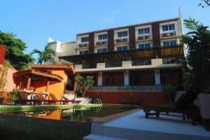 Haleeva-Sunshine-Hotel-Krabi-Thailand-Exterior.jpg