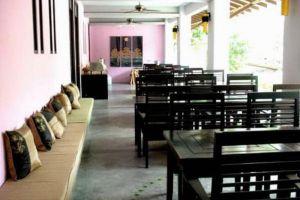 Haleeva-Sunshine-Hotel-Krabi-Thailand-Restaurant.jpg