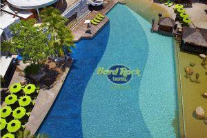 Hard-Rock-Hotel-Pattaya-Thailand-Pool.jpg
