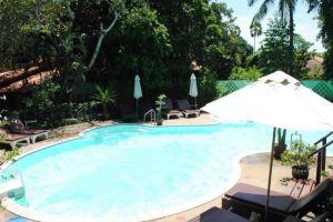 Harry's-Bungalow-Restaurant-Samui-Thailand-Pool.jpg