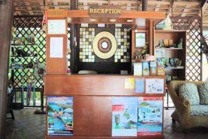 Harry's-Bungalow-Restaurant-Samui-Thailand-Reception.jpg