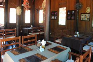 Harry's-Bungalow-Restaurant-Samui-Thailand-Restaurant.jpg