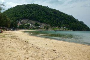 Hat-Sai-Ri-Chumphon-Thailand-004.jpg