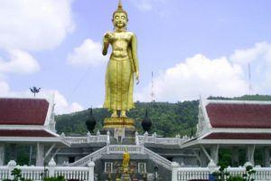 Hat-Yai-Municipal-Park-Songkhla-Thailand-001.jpg