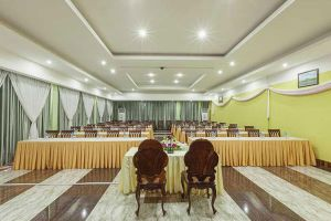 High-Sky-Hotel-Phnom-Penh-Cambodia-Meeting-Room.jpg