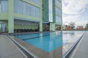 High-Sky-Hotel-Phnom-Penh-Cambodia-Pool.jpg
