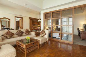 Himawari-Hotel-Phnom-Penh-Cambodia-Living-Room.jpg
