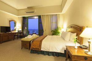Himawari-Hotel-Phnom-Penh-Cambodia-Room.jpg