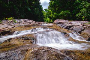 Hin-Lat-Waterfall-Samui-Suratthani-Thailand-05.jpg
