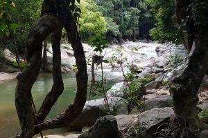 Hin-Lat-Waterfall-Samui-Suratthani-Thailand-06.jpg