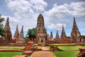 Historical-Park-Ayutthaya-Thailand-001.jpg