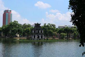 Hoan-Kiem-Lake-Hanoi-Vietnam-001.jpg