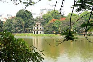 Hoan-Kiem-Lake-Hanoi-Vietnam-004.jpg