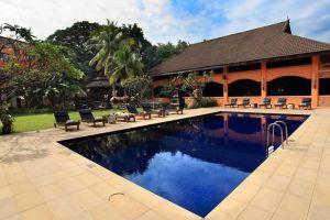 Holiday-Garden-Hotel-Resort-Chiang-Mai-Thailand-Pool.jpg