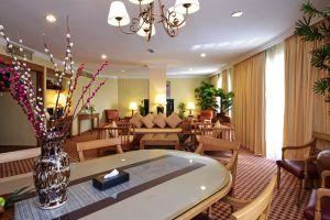 Holiday-Villa-Beach-Resort-Spa-Langkawi-Kedah-Living-Room.jpg