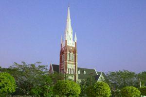 Holy-Trinity-Cathedral-Yangon-Myanmar-003.jpg