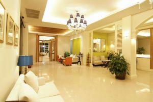 Hotel-De-Bangkok-Thailand-Lobby.jpg