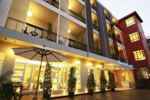 Hotel-De-Bangkok-Thailand-Overview.jpg