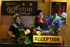 Hotel-Deleeton-Kota-Kinabalu-Reception.jpg