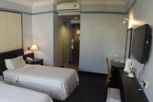 Hotel-Deleeton-Kota-Kinabalu-Room-Twin.jpg