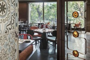Hotel-Des-Arts-Saigon-Mgallery-Collection-Vietnam-Restaurant.jpg