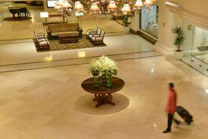 Hotel-Equatorial-Melaka-Lobby.jpg