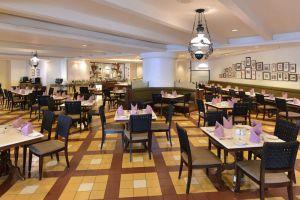 Hotel-Equatorial-Melaka-Restaurant.jpg