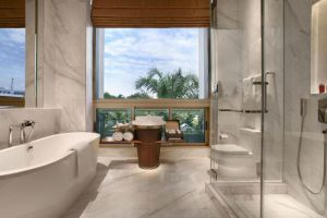 Hotel-Fort-Canning-Orchard-Singapore-Bathroom.jpg