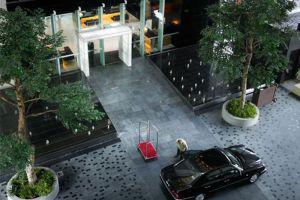 Hotel-Maya-Kuala-Lumpur-Malaysia-Entrance.jpg