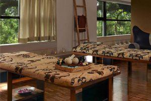 Hotel-Maya-Kuala-Lumpur-Malaysia-Massage-Room.jpg