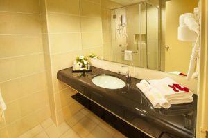 Hotel-Pudu-Plaza-Kuala-Lumpur-Malaysia-Bathroom.jpg